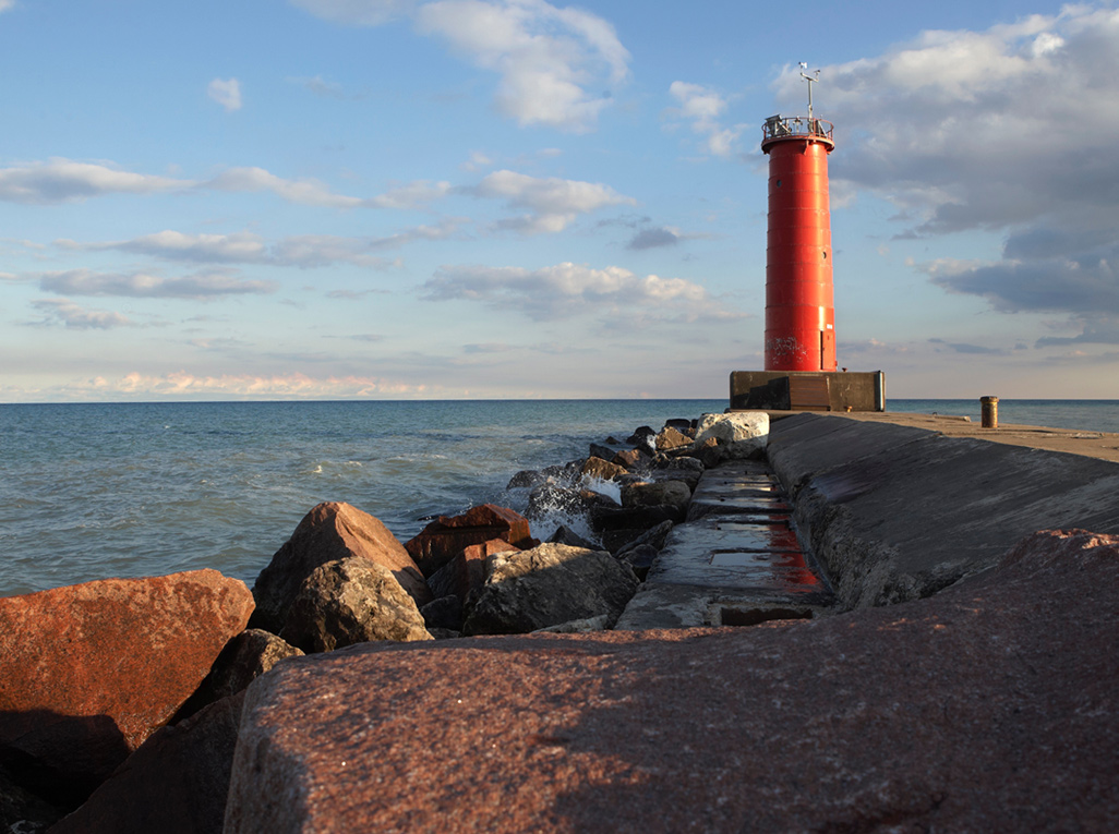 Sheboygan Wisconsin lighthouse pier